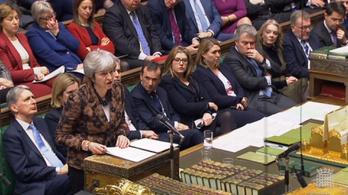 Theresa May: Ingyen kérhetnek brit letelepedési engedélyt az ott lakó EU-állampolgárok