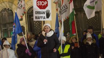 Nem hozta le a közmédia a DK és a Jobbik közleményét, amiben az ügyészséget szapulják