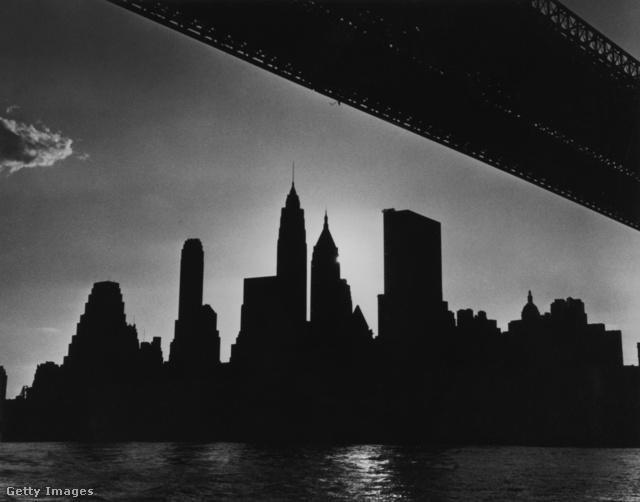 New York-i látkép a sötétség 13 órájában