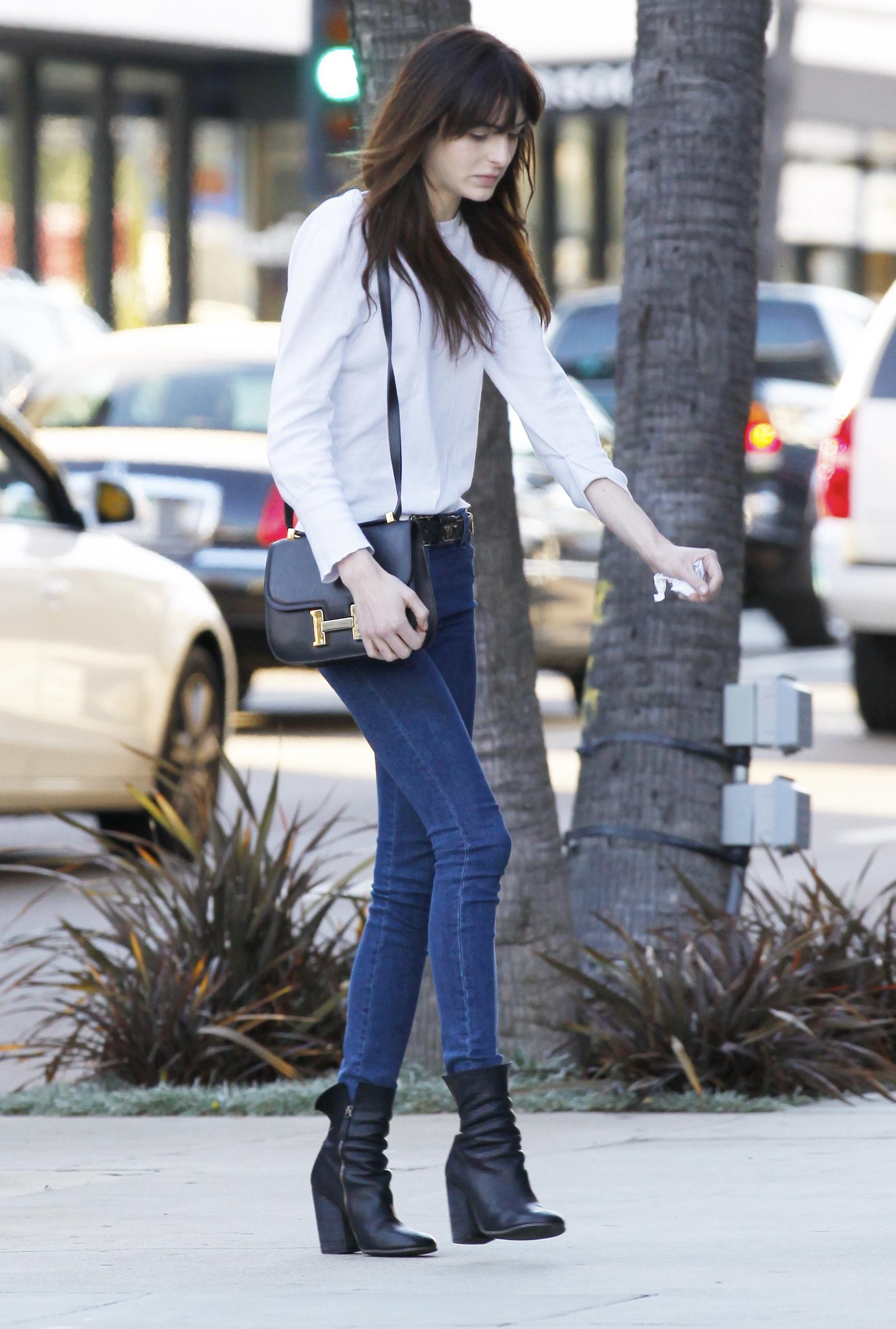 Ali Lohannek a lábán látszik legjobban, mennyire vékony
