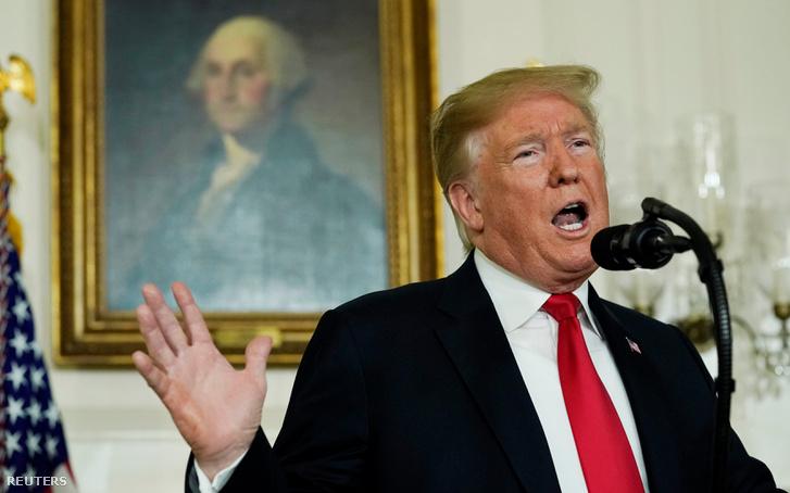 Donald Trump beszél a határellenőrzésről, és a részleges kormányzati leállásról a Fehér Ház diplomata termében 2019. január 19-én