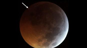 Meteorit csapódott a Holdba, miközben éppen fogyatkozott