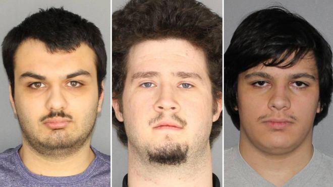 Balról-jobbra: Vincent Vetromile, Brian Colaneri, Andrew Crysel és rajtuk kívül egy 16 éves fiút vettek őrizetbe