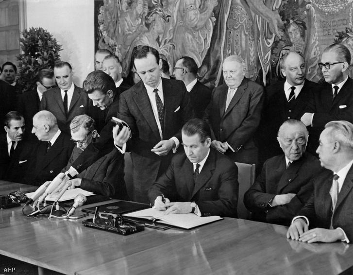 Az Elysée-szerződés aláírása 1963-ban
