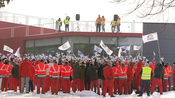 Szinte teljesen leállt a győri Audi-gyár
