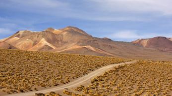 Az Andok vonulatai két ütemben törtek elő a mélyből