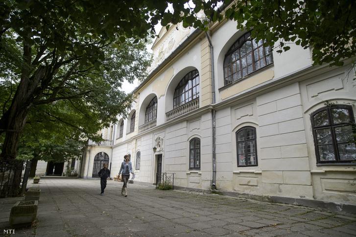 A Borsod-Abaúj-Zemplén Megyei Óvoda Általános Iskola Speciális Szakiskola Kollégium és Egységes Gyógypedagógiai Módszertani Intézmény Tornanádaskai Tagintézménye 2014. szeptember 10-én.