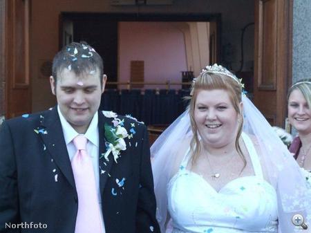 Ayla és Ben Hughes esküvője 2007-ben