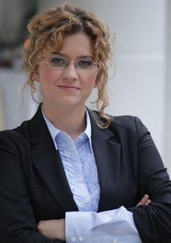 Veiszer Alinda