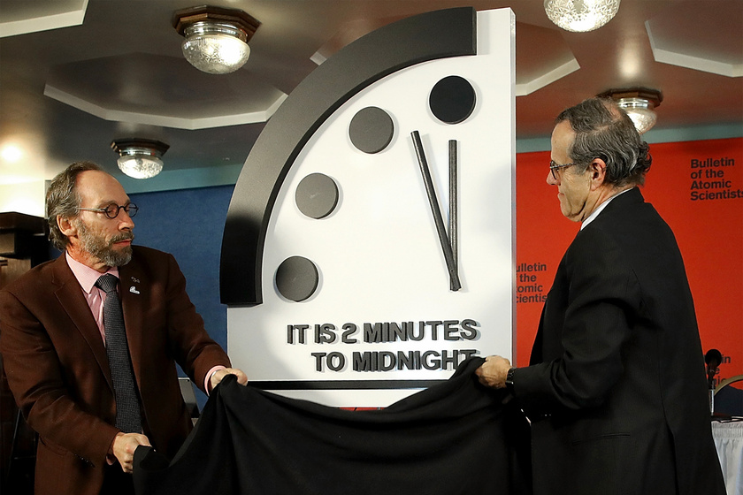 Pontosan egy évvel ezelőtt állították át az órát az előző időpontnál 30 másodperccel későbbre. Azóta nem változott a helyzet.