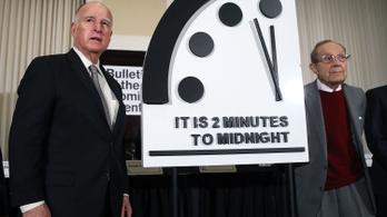 Továbbra is két perccel jár éjfél előtt a Végítélet Órája