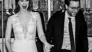 Magyar tervező ruhájában ment férjhez az Agymenők színésznője