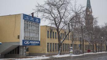 A kormány is segít a Szarvasi-gyár dolgozóinak