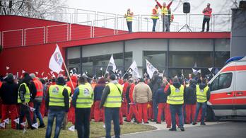 Délután tárgyal az Audi a sztrájkoló szakszervezettel