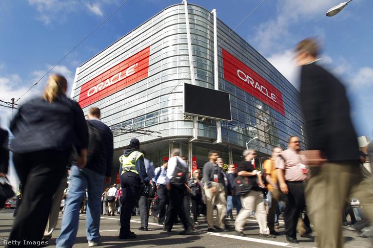 Oracle OpenWorld konferencia, San Francisco-ban 2010. szeptember 21-én