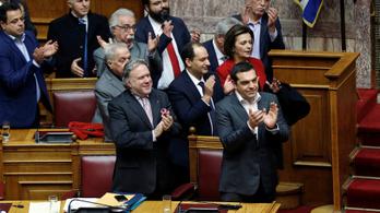 A görög parlamentben is eldőlt: Észak-Macedónia lesz Macedónia új neve