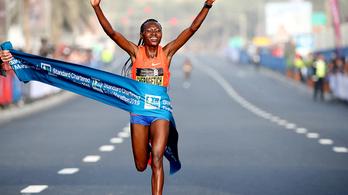Minden idők legjobb maratoni debütálása volt Dubajban