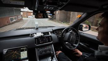 A pocsék sofőrök taníthatják az önvezető autókat a karambolok elkerülésére