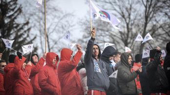 Audi-sztrájk: 23 éve nem volt itt ilyen egység