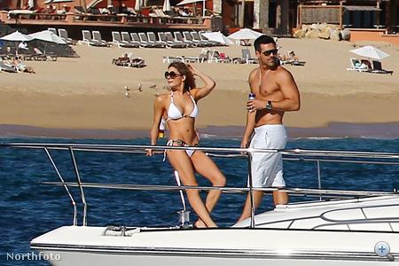 LeAnn Rimes és Eddie Cibrian hajóztak egyet 2011. december 20-án