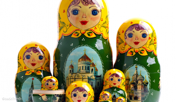 stockfresh 1083893 matryoshka---russian-nested-dolls sizeM