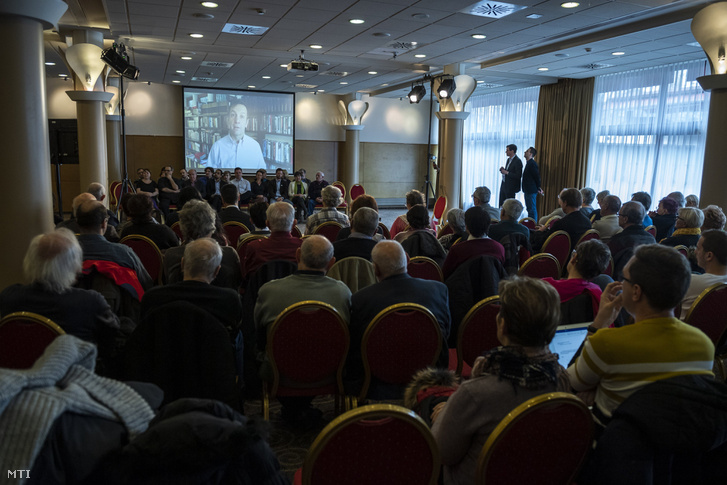 Bajnai Gordon volt miniszterelnök videóüzenetben állt Karácsony Gergely mellé