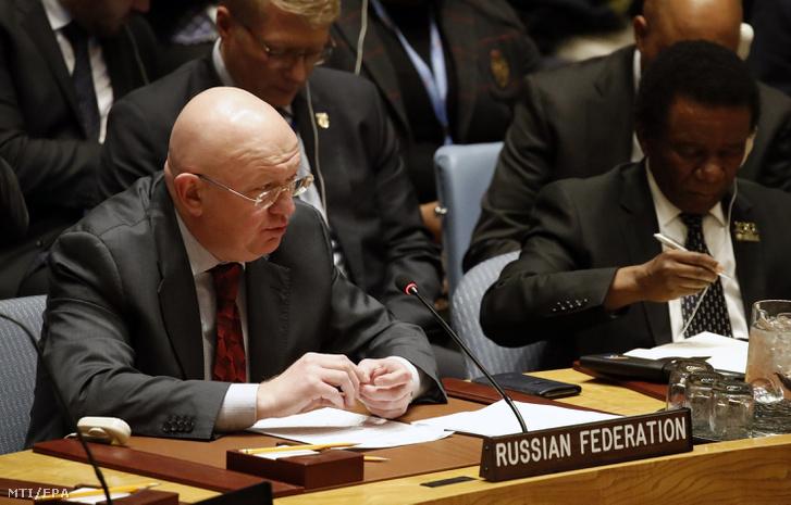 Vaszilij Nyebenzja orosz ENSZ-nagykövet az ENSZ BT ülésén január 26-án.
