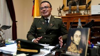 Venezuela: egy fontos katonai vezető is Maduro ellen fordult