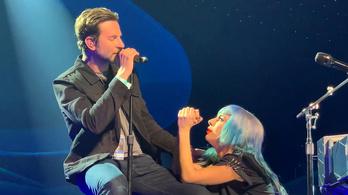 Lady Gaga élőben játszotta el, amit ő is átélt a Csillag születikben