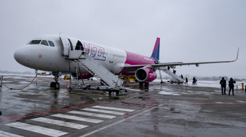 A Wizz Air több utas csomagját is Dubajban hagyta