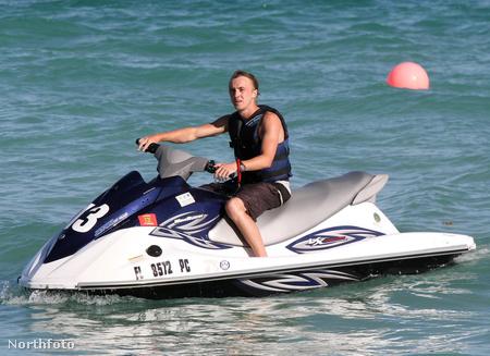 A színész Miamiban kapcsolódott ki csajával.