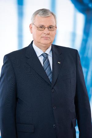 Dr. Aradszki András