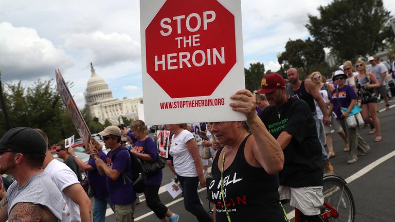 Az opiátkrízis megoldása ott van az orrunk előtt