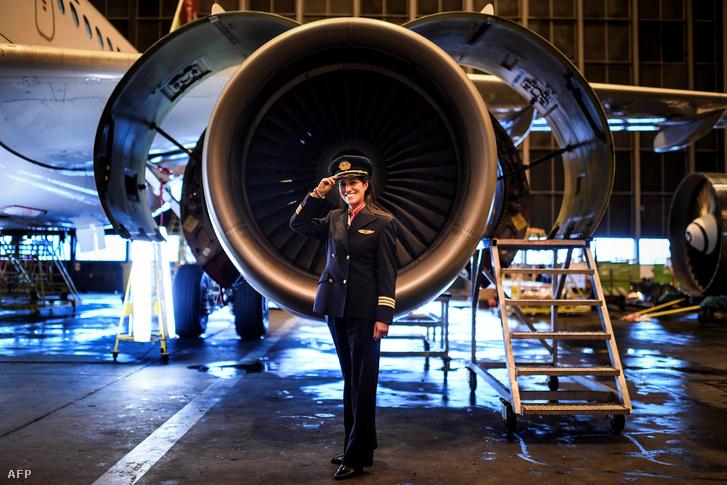 Ana Sousa, a TAP Air Portugal pilótája 11 éve, a kép 2018. február 28-án készült, Lisszabonban