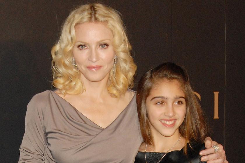 Összenőtt szemöldökű kislányból bombázó - Madonna lánya egyre dögösebb