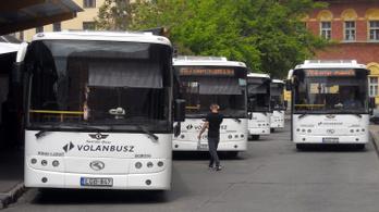 A Volánbusz még nem állt szóba a megállóban hagyott gyerek anyjával