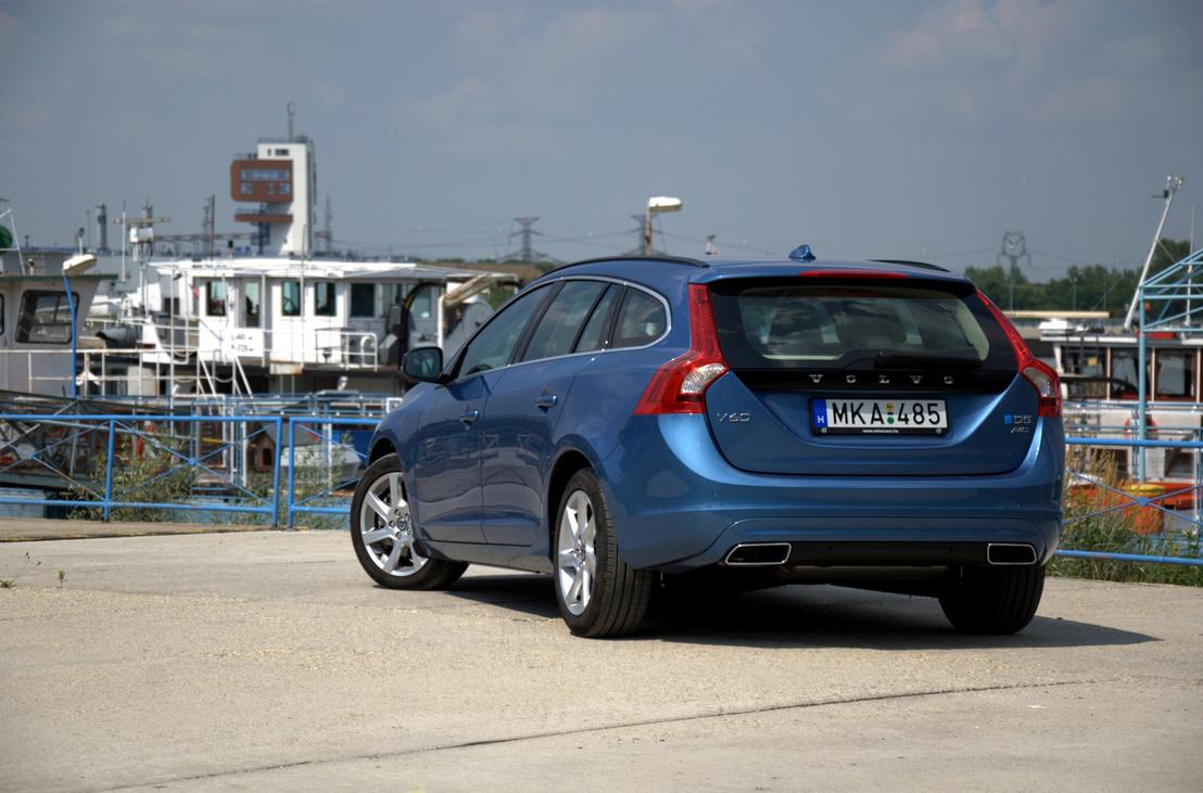 28. Volvo V60 D2 Drive Ocean Race: Az egyik ajtóbehúzó lazult meg, valamint az infotainmenttel akadt némi gond. Hibapont: 15. Osztályzat: 2. A kép illusztráció.