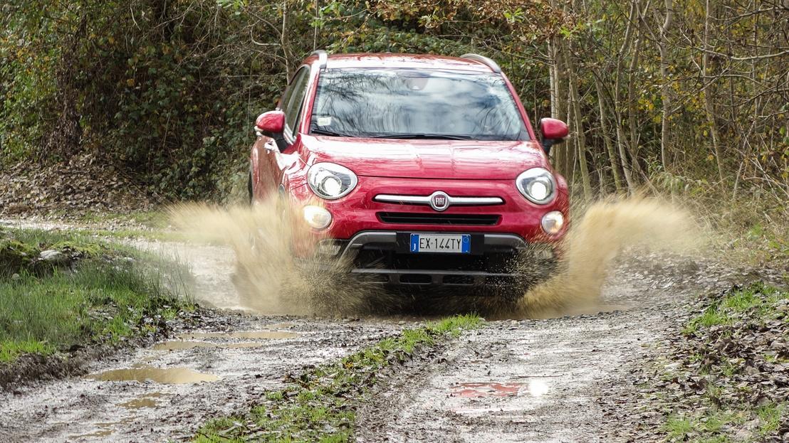 19. Fiat 500 X: Rosszul olvasható a TomTom navigáció (ami mellesleg nem is a műfaj legjobbja), de ezen kívül csak apróságok jöttek elő a tartósteszt alatt. Hibapont: 10. Osztályzat: 2+. A kép illusztráció.