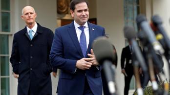 Az USA olajszankcióval akarja megbuktatni Maduro venezuelai elnököt
