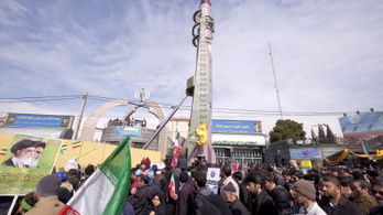 Irán tovább fejleszti a rakétáit