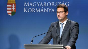 Belülről építené le a kormány az EU-s jogállamisági szankciót