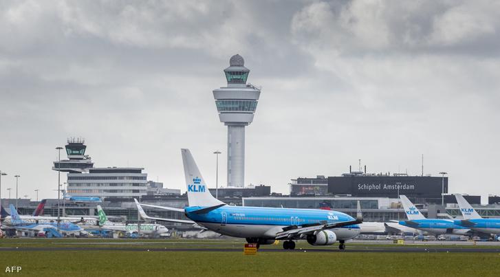 Schiphol repülőtér Amszerdamban