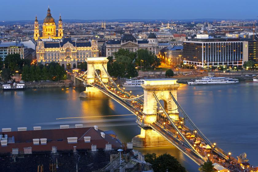 Az előző évekhez hasonlóan a legtöbb turista Budapestet választotta, a tendencia várható az idei évre is.