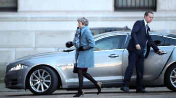 Theresa May a brexittárgyalások újranyitását kéri az EU-tól