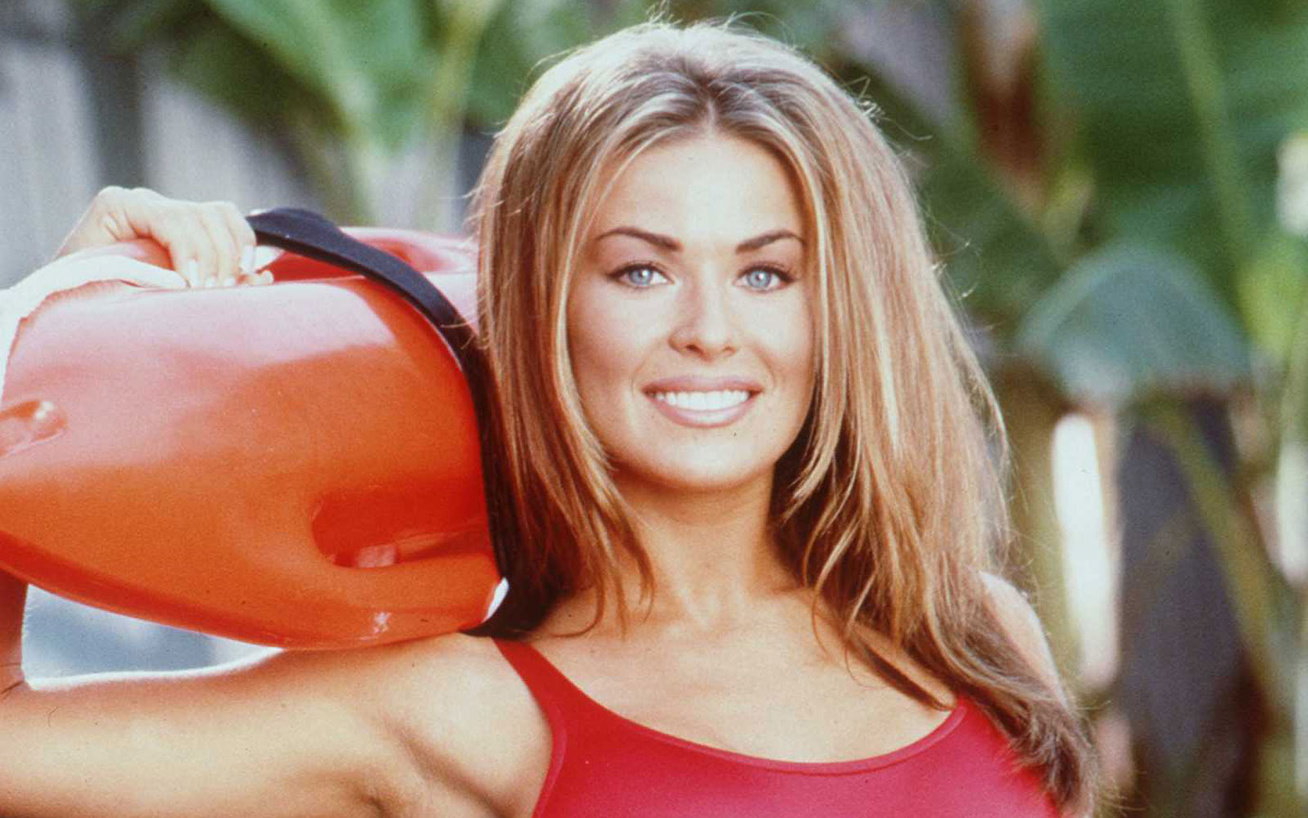carmen-electra-baywatch-cover