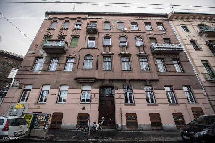 István utca 11.