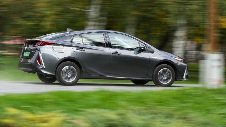 Megosztaná hibrid szabadalmait a Toyota