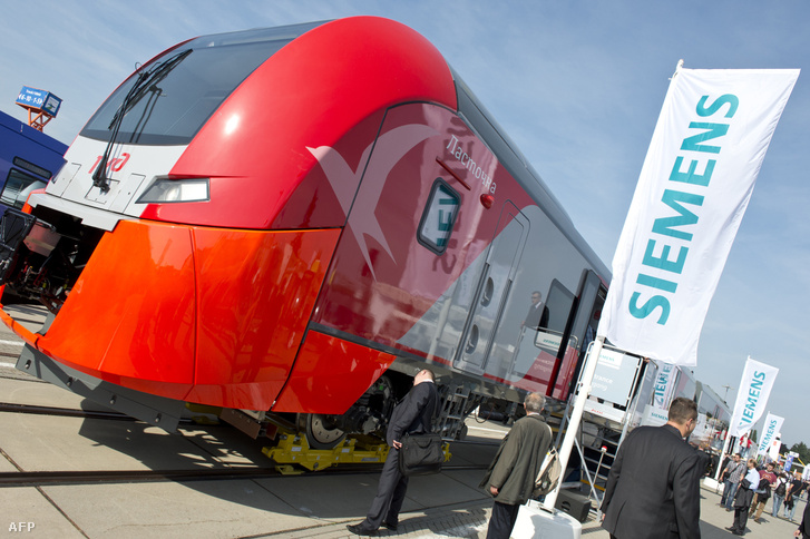 A Siemens által az orosz piacra készített Desiro vonat a berlini Innotrans kiállításon 2012. szeptember 18-án
