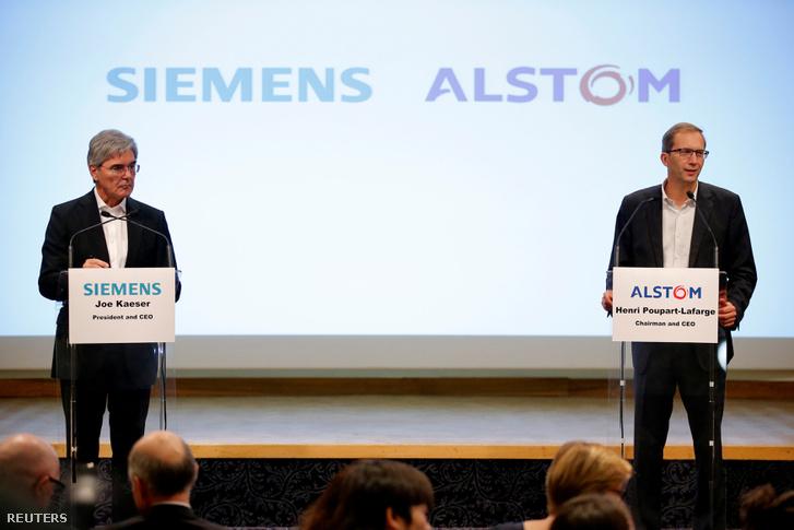 Henri Poupart-Lafarge, az Alstom elnök-vezérigazgatója és Joe Kaeser, a Siemens elnök-vezérigazgatója sajtótájékoztatója Párizsban 2017. szeptember 27-én