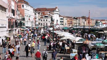 Májustól belépőt kell fizetni, ha Velencében sétálgatunk